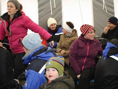 Folk i teltet