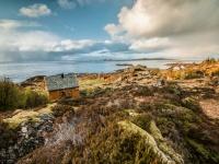 Støene med Fjørtofta og Harøya i det fjerne